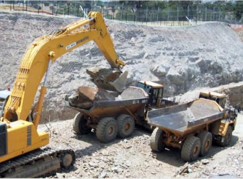 Caterpillar D400E Articulated Dump Truck 1