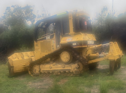 Caterpillar D5N Bulldozer 11
