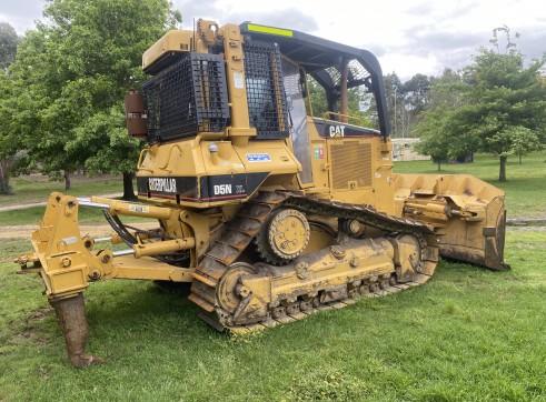 Caterpillar D5N Bulldozer 4