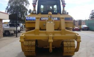 Caterpillar D6R Dozer- PAT Blade 1