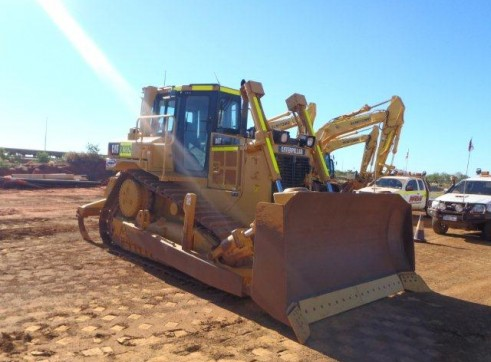 Caterpillar D6T Dozer 2