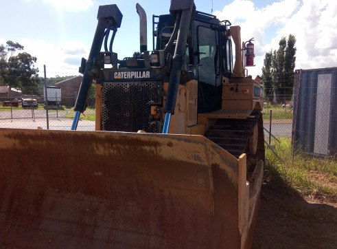 Caterpillar D6T XL Dozer 5