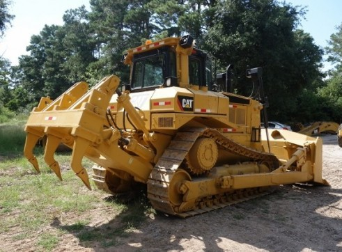 Caterpillar D7 Dozer 1