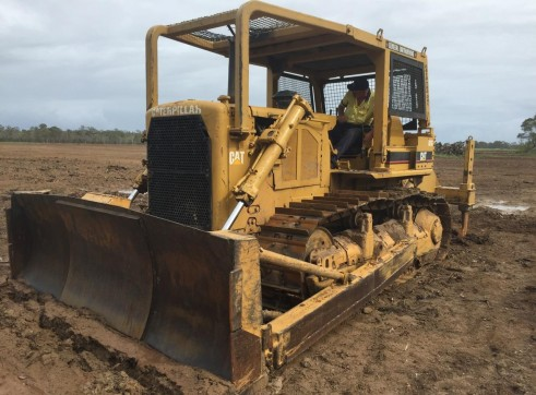 Caterpillar D7G Dozer w/stickrake 2