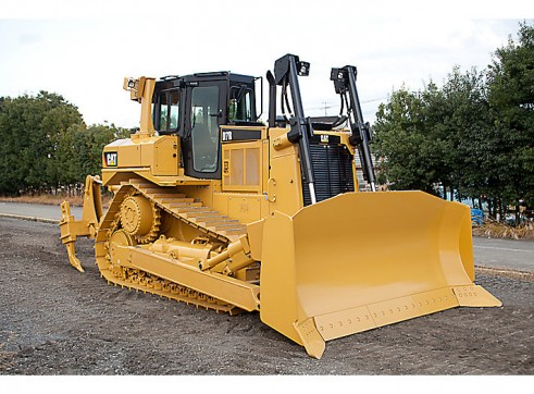 Caterpillar D7R Dozer w/Stickrake 1