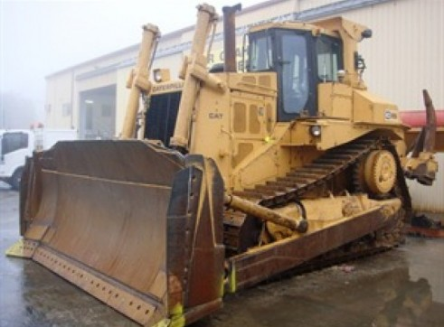 CATERPILLAR D8L Dozer 1