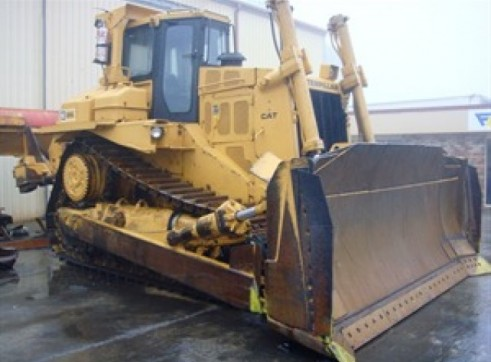CATERPILLAR D8L Dozer 2