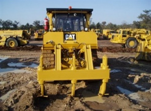 Caterpillar D8T Dozer 3
