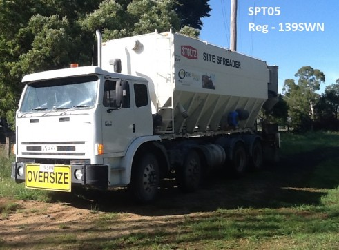 Cement/Lime Spreader Truck 2