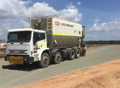 Cement/Lime Spreader Truck 4