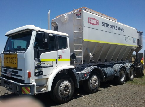 Cement/Lime Spreader Truck 5