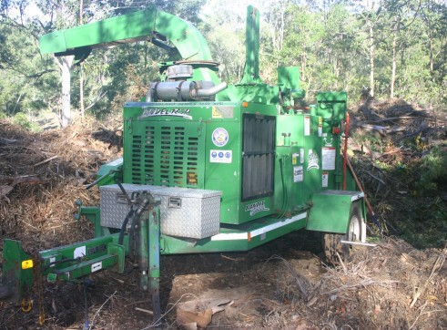 18 inch Bandit Whole tree Chipper 1