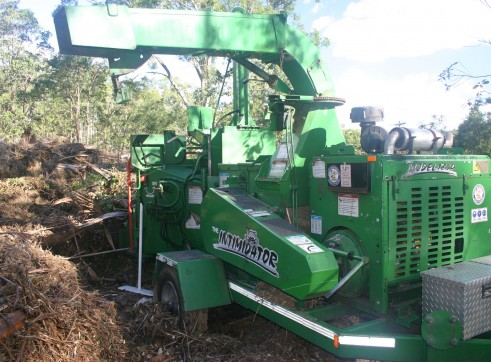 18 inch Bandit Whole tree Chipper 2