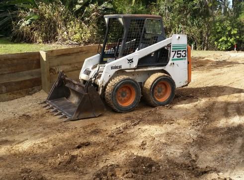 Combo 3.3T Excavator + Bobcat & 11.5T Tipper 5
