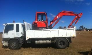 Combo = 4.5T Excavator + Bobcat 753  + Hino 10T Bin Tipper Truck 1