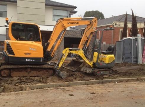 Combo - 6.5T Excavator + Bobcat + 23T Tipper 1
