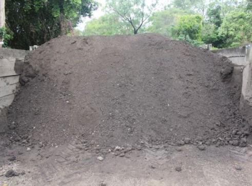 Commercial Soil  1
