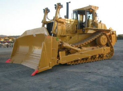 D10N Dozer w/Single Shank Ripper 1