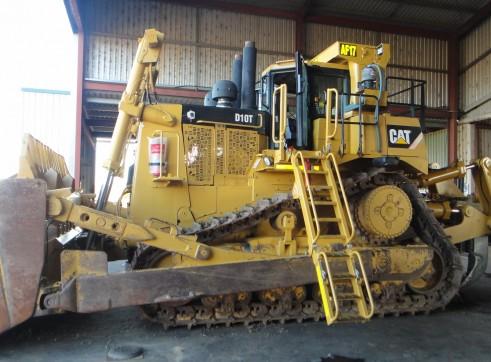 D10T Caterpillar Dozer (D10T #17) 2