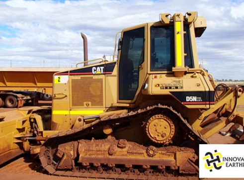 D5N DOZER with stick rake 1