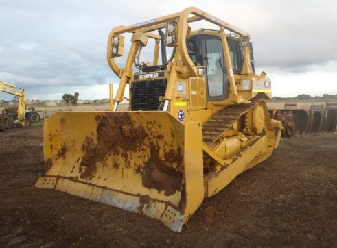 D6 Dozer Cat with GPS 3