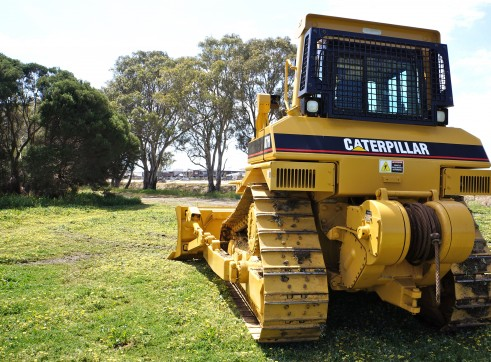 D7H BULLDOZER WITH WINCH 3