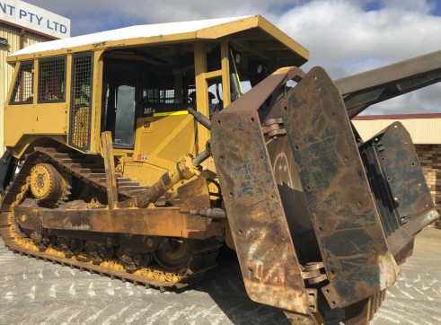 Caterpillar D8T Dozer 2