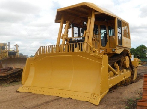 D9N Caterpillar Dozer 2