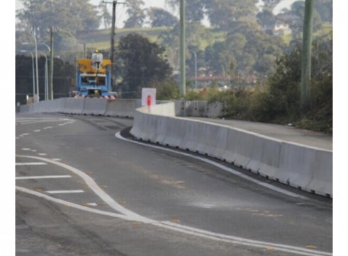 DELTABLOC - Concrete Crash Barrier 2