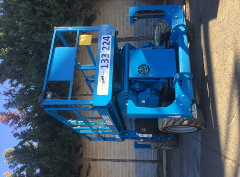 Diesel and Rough Terrain Scissor Lift 1