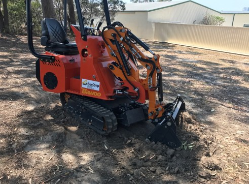Dingo / Kanga / Cougar Mini Loader / Excavator all in one 12