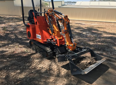 Dingo / Kanga / Cougar Mini Loader / Excavator all in one 7