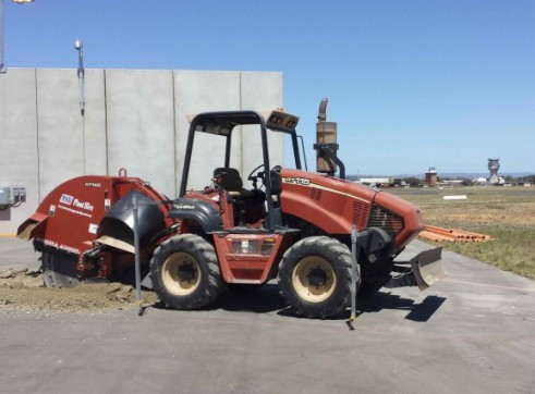 115HP Ditch Witch RT115 Rock Saw 8