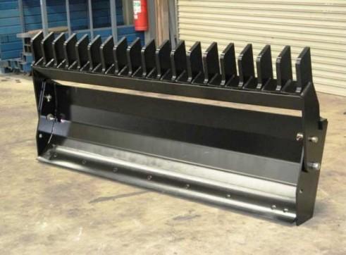 Dozer Blade / Stick Rake 2