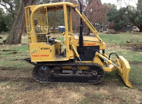 Dozer Eastwind 35hp c/w 6 way blade & 3PL 1