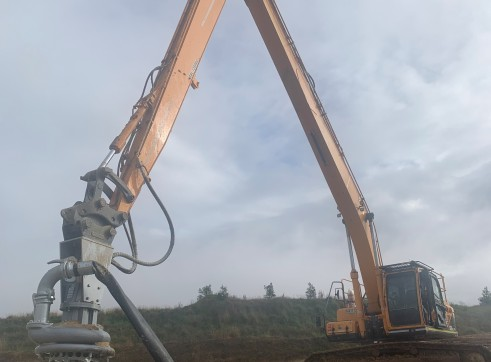 Dredge pump run off Longreach Excavator 1