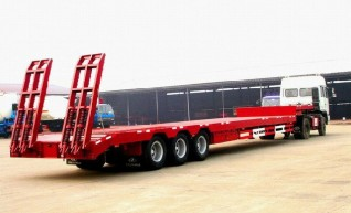 Drop Deck with Ramps Semi Trailer 43' Tri-Axle Drop Deck with Ramps 1