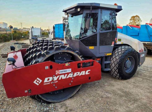 Dynapac 17T Padfoot Roller (CA510D) 1