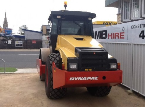 Dynapac CA362D Smooth drum Roller 2
