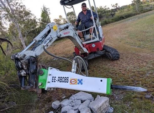 EE-RB08S Rock Breaker suits 0.7 - 1.4 T Excavators 2