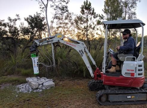 EE-RB08S Rock Breaker suits 0.7 - 1.4 T Excavators 5