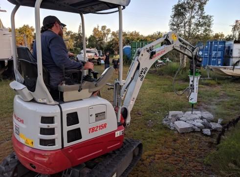 EE-RB08S Rock Breaker suits 0.7 - 1.4 T Excavators 6