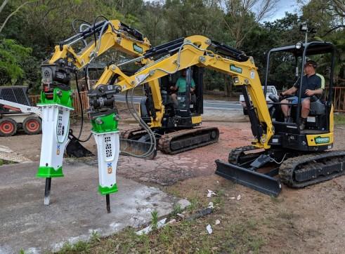 EE-RB20S Rock Breaker suits 1.7 - 3 T Excavators 11
