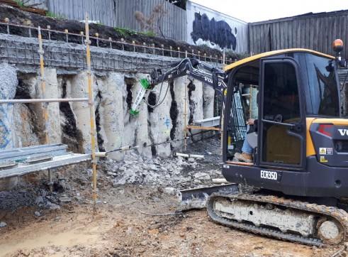 EE-RB30S Rock Breaker suits 2.5 - 4.5 T Excavators 11