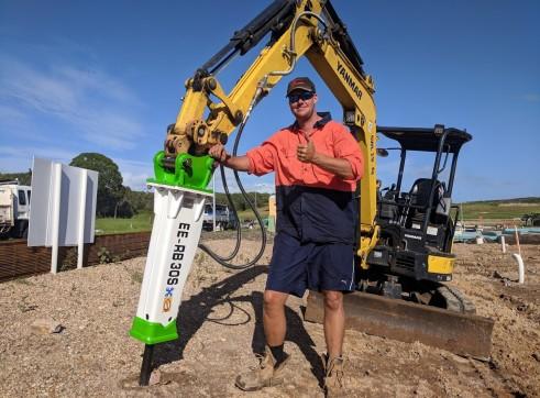 EE-RB30S Rock Breaker suits 2.5 - 4.5 T Excavators 4