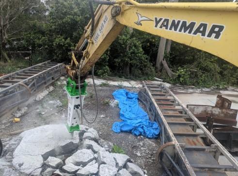 EE-RB40S Rock Breaker suits 3 - 5.5 T Excavators 12