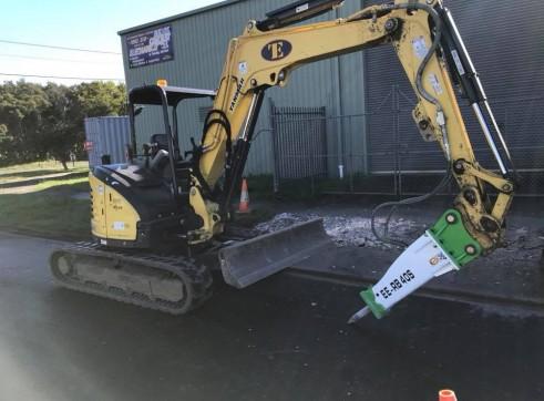 EE-RB40S Rock Breaker suits 3 - 5.5 T Excavators 3