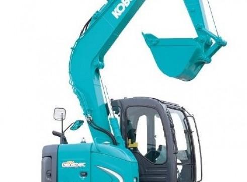 Excavator 8 Tonne - Kobelco SK70SR with Off-set Arm 1