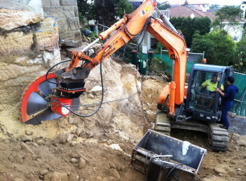 Excavator Attachments (hydraulic) 1