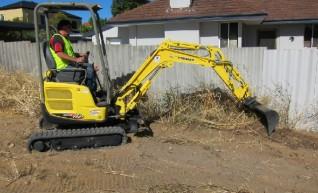 Excavator + Attachments & Operator 1